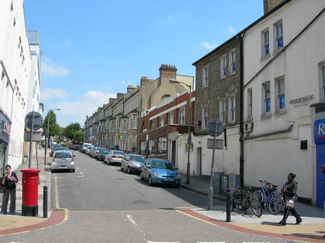Beauchamp Road SW11