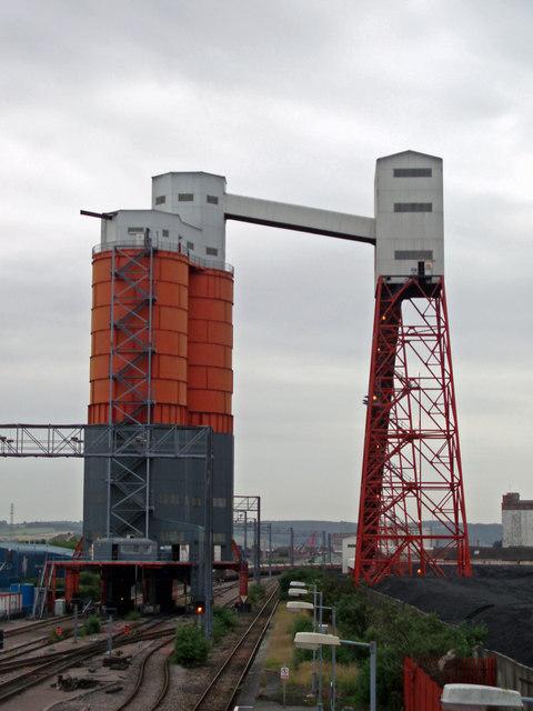 Coal loading silo