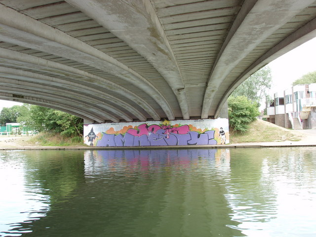 Donnington Bridge, Oxford