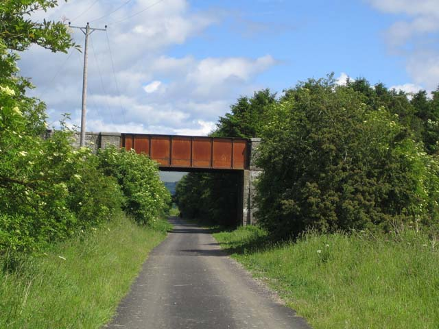 Bridge over cycleway near Doune