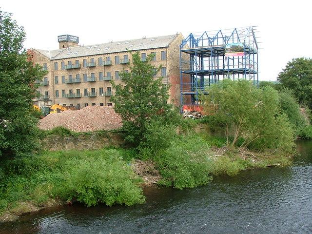Ledgard Bridge Mill and the River Calder