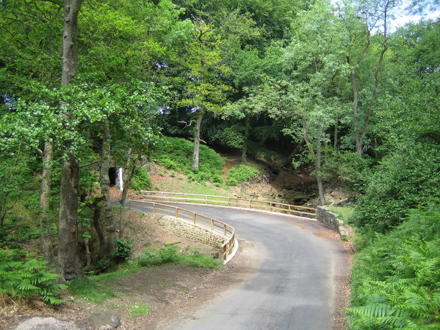 The rebuilt road bridge at Blow Gill