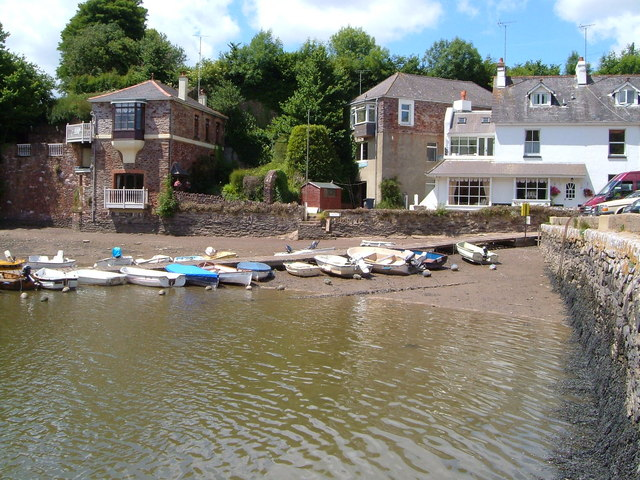 Houses by the dam at Stoke Gabriel