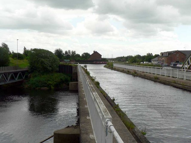 Aqueduct and River Calder, Stanley Ferry, Wakefield