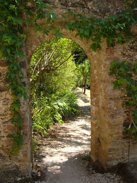 Archway between walled gardens, Greenway