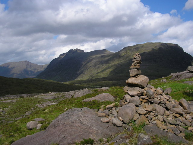 Cairn on path behind Liathach