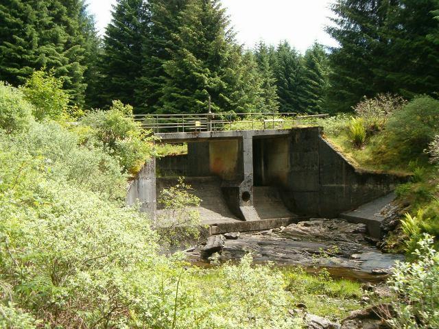 Dam on the Allt Gleann na h-Airigh