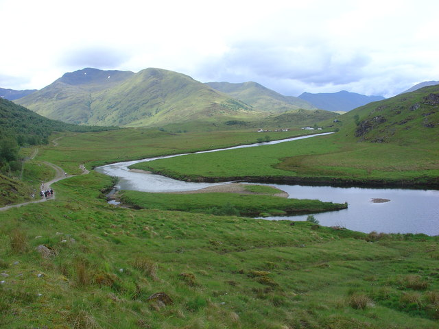 River Affric flowing down from Athnamulloch