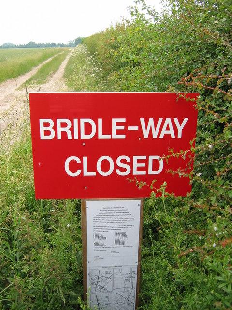 Bridleway at TA071409