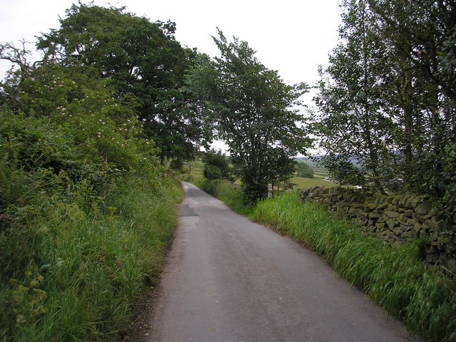 Lane near Noyna Bottom, Foulridge, Lancashire