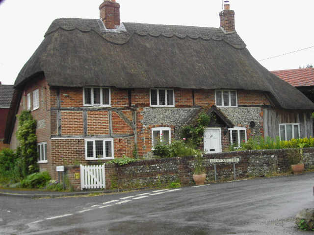 Thatched cottage at Froxfield