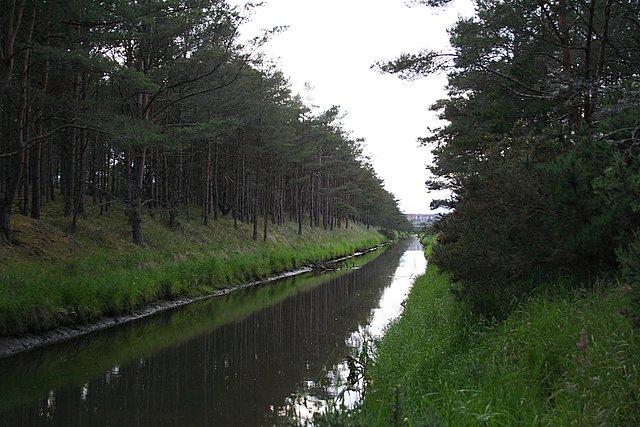 Spynie Canal en route to Lossiemouth.