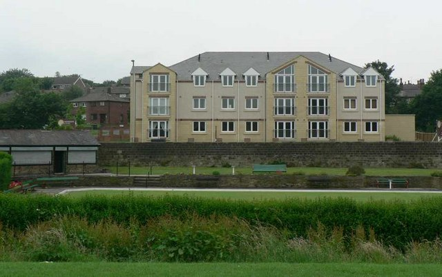 Horsforth Woodside Bowling Club and Woodside Court