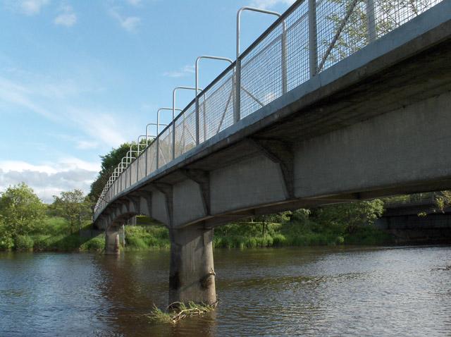 Footbridge, River Forth