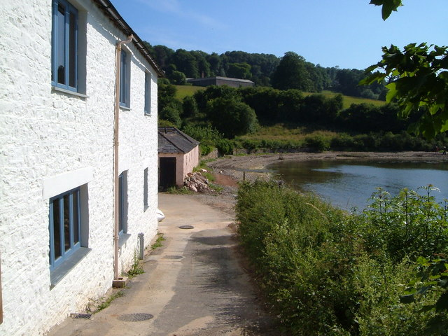 Lower Greenway Farm from Old Mill Farm