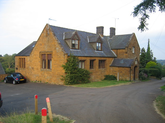 The Old School Ratley
