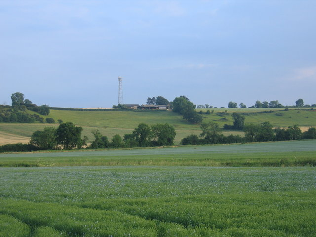 View towards Hornton Hill Farm