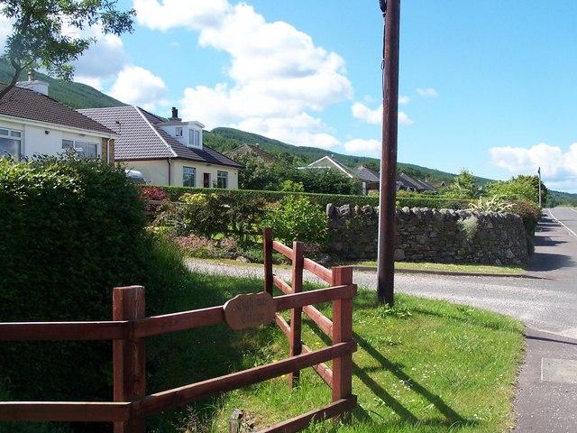 Loch Fyne, Houses at Allt Criche