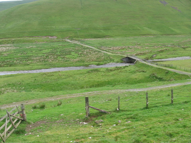 Track and bridge at Fruid Water