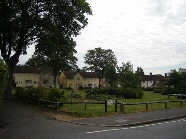 Fuller Gardens, North Watford