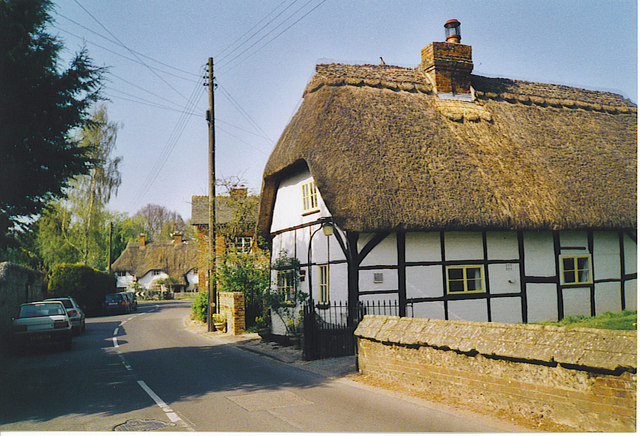 Village Street, St Mary Bourne.