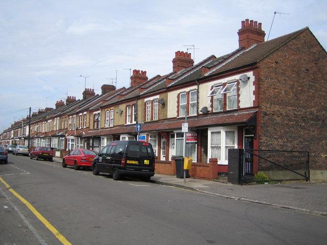 Luton: Saxon Road