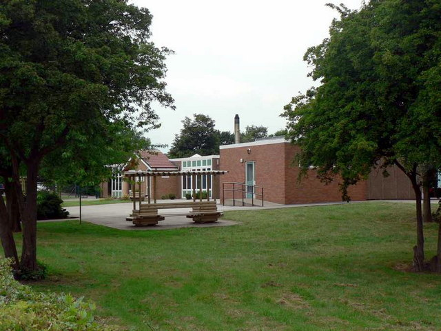 Crigglestone St James Primary School