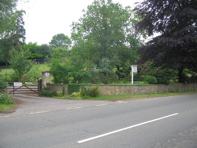 Entrance to Holywell House