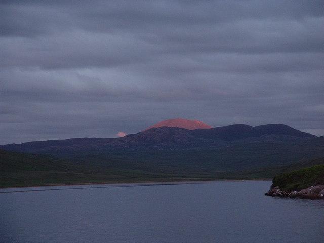 Ganu Mor, Foinaven from Sandwood Loch (NC 225 642)