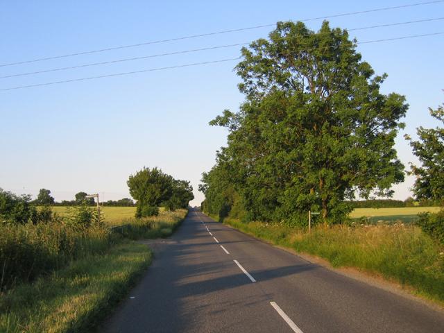 Choice of footpaths, Shillington, Beds