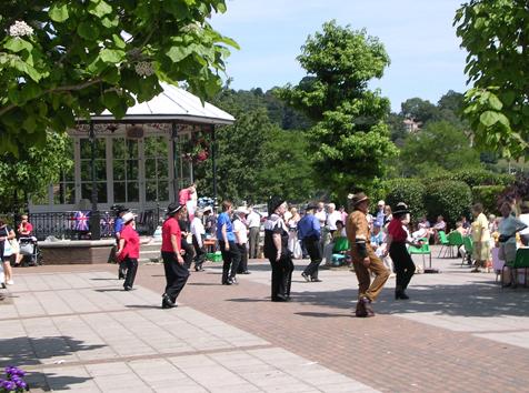 Line dancing in Dartmouth