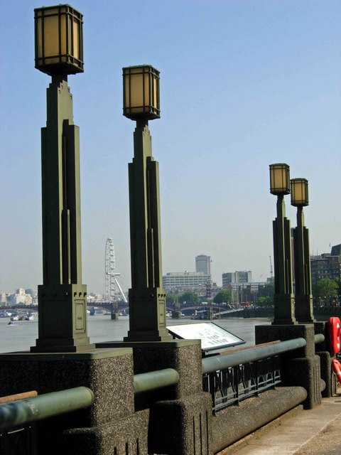Thames Path, Vauxhall