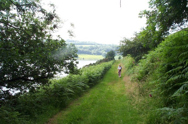 Footpath around Clatworthy Reservoir