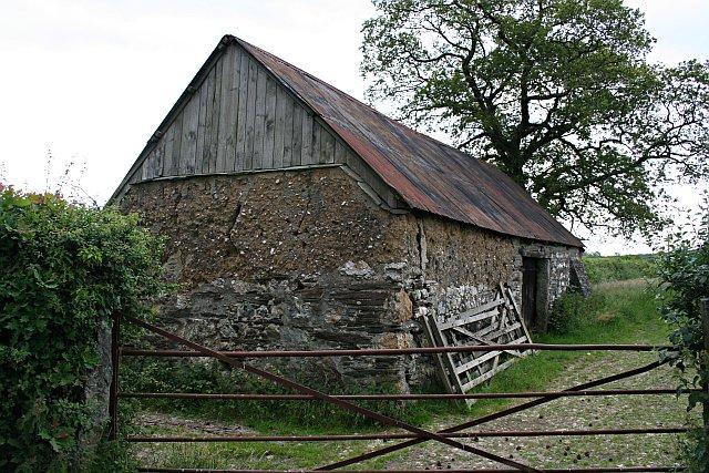 Old Barn near Lamerton