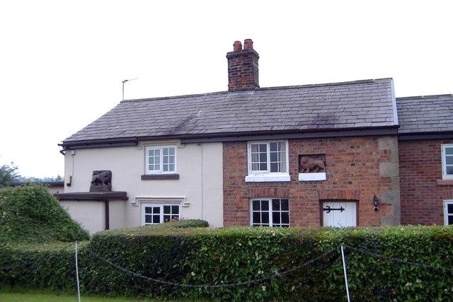 """""""Lion cottages"""", Rushton"""