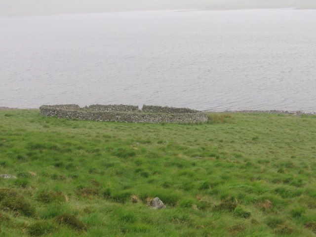 Sheepfold beside Daer Reservoir at High Knowes