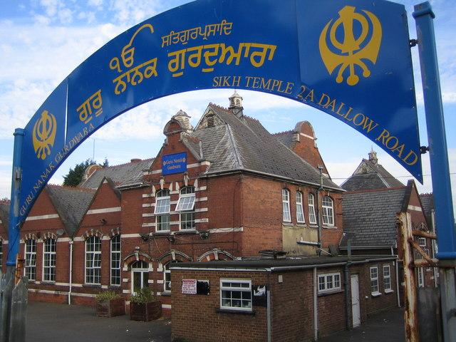 Luton: Guru Nanak Gurdwara Sikh Temple