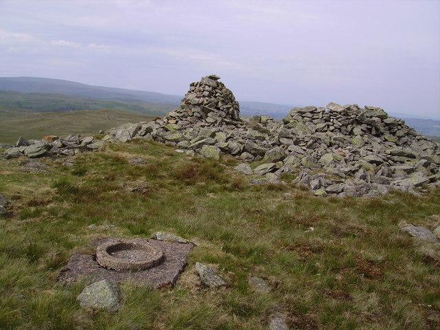 Cairn, Seat Robert