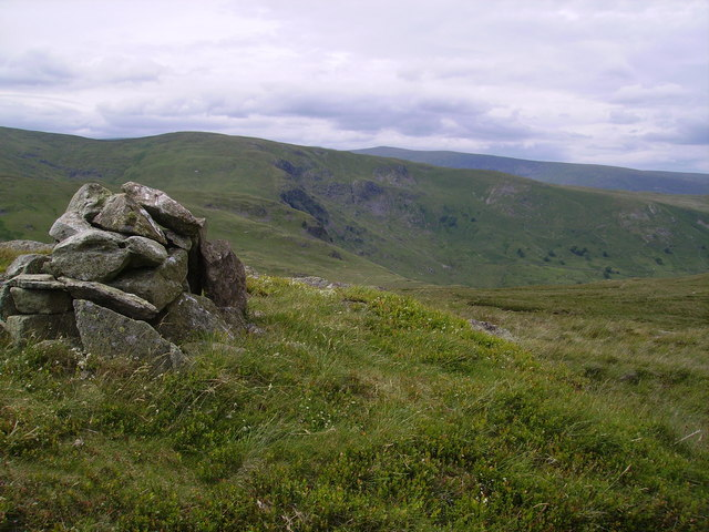 Cairn, High Wether How