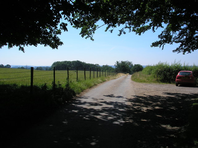 Footpath south from Two Houses, Hollow Lane, Dormansland, Surrey