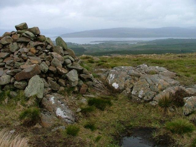 Northern Cairn on 'S Airde Beinn