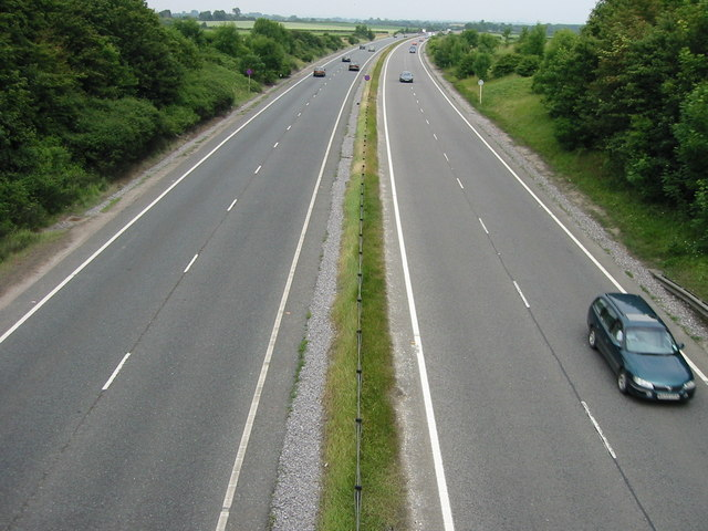 Looking along the Eastbound A303