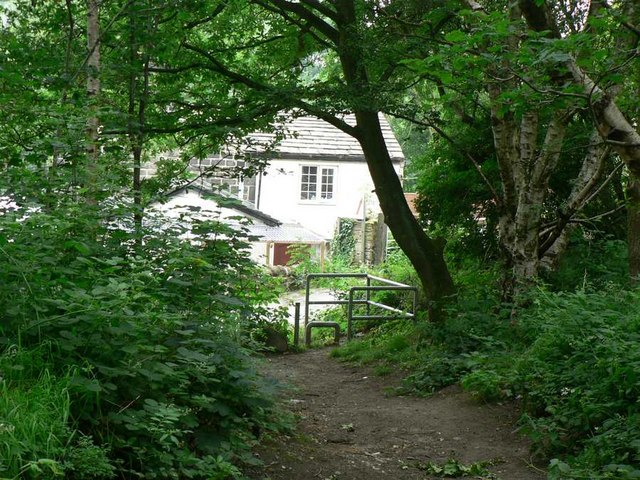 Clayton Cottage Pet Hotel, from Clayton Woods