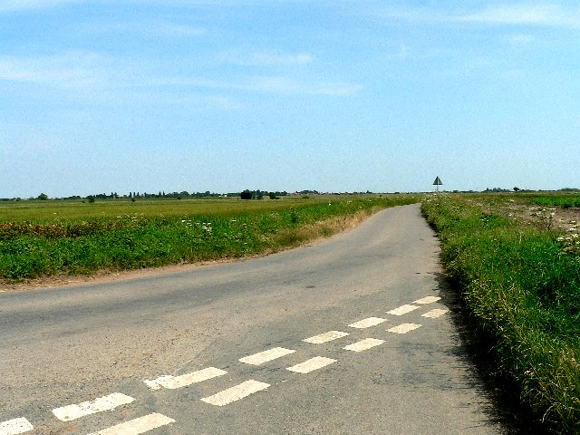 The Road to Lodge Farm