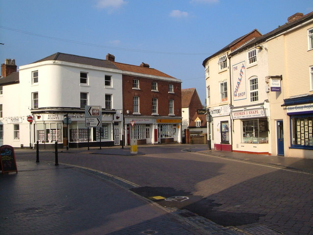 Stourport: the junction of High Street and Mitton Street