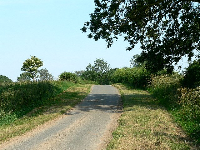 Marsh Lane on the way to Wistow