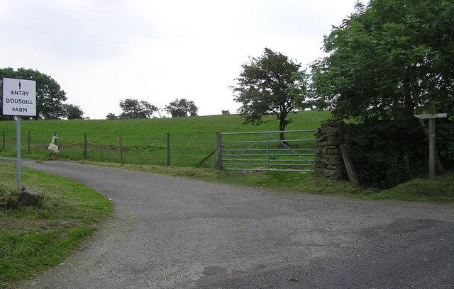 Track to Dousgill Farm : Moor Lane