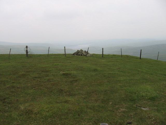 Cairn at the top of Gana Hill