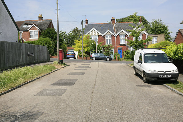 Meyrick Avenue looking onto Bouverie Avenue, Salisbury