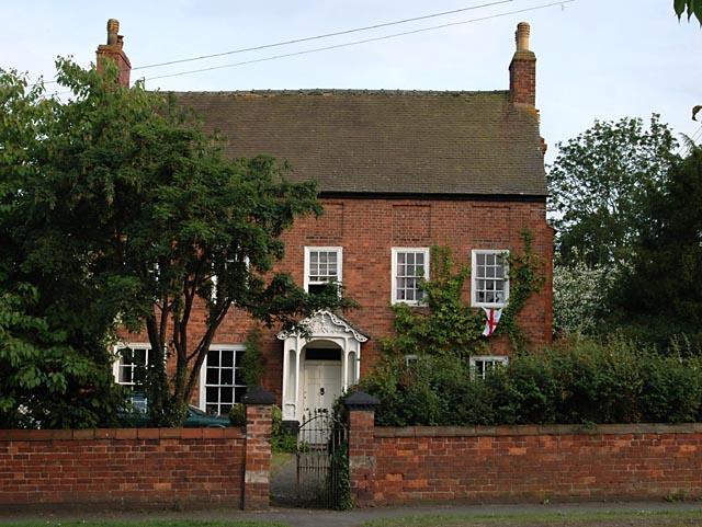 House next to St Thomas Church